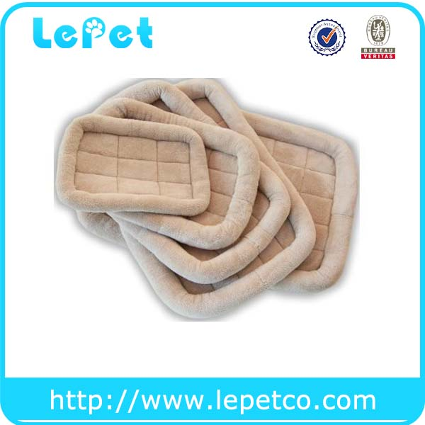 Manufacturer custom logo comfort pet crate mat luxury pet cushions